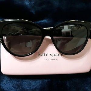 Brand new Kate Spade Daesha Cat Eye Sunglasses